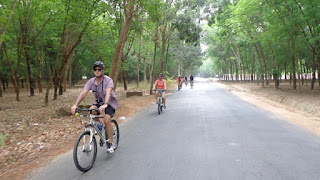 cycling tour to Cu Chi Tunnels