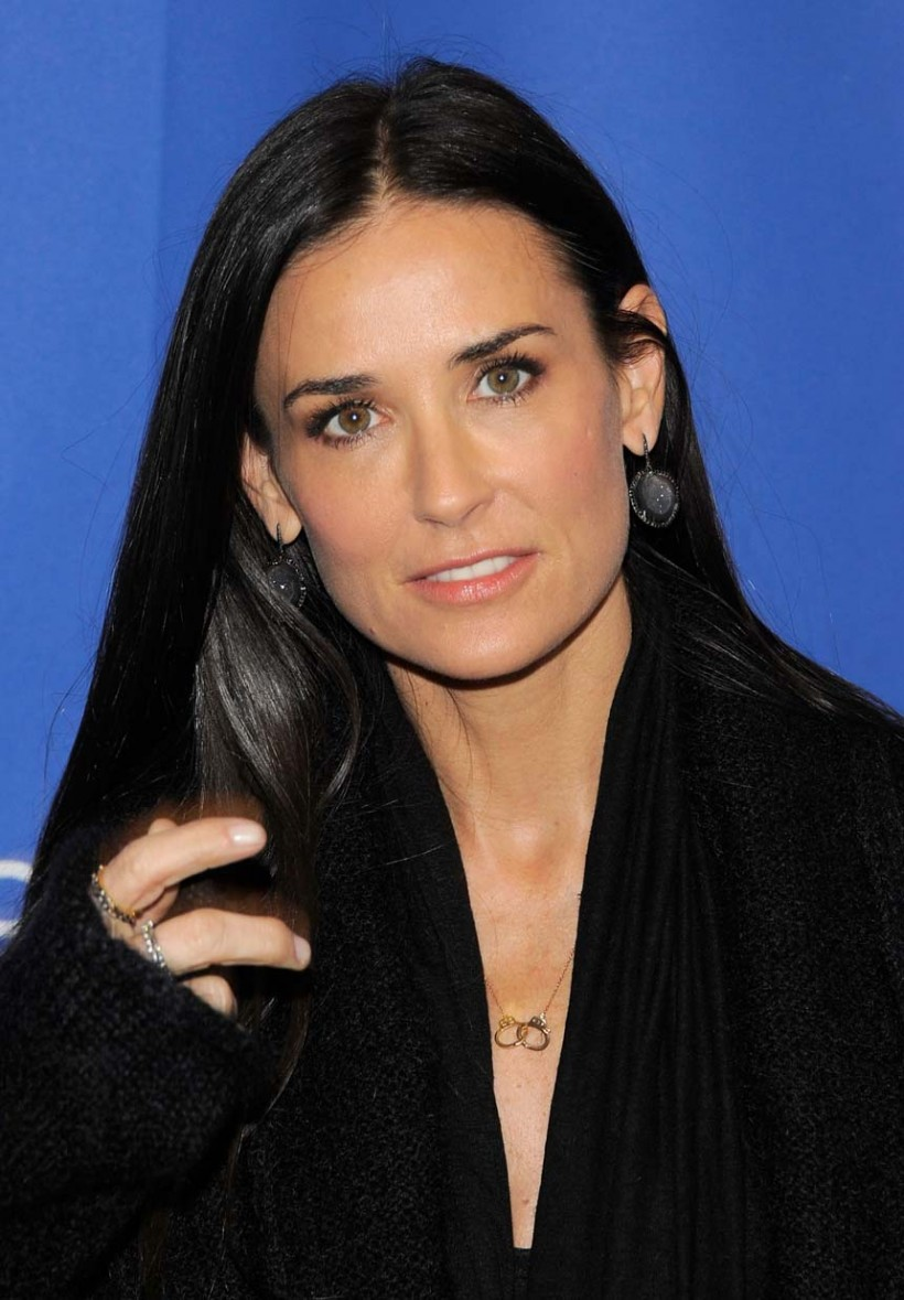 Demi moore saint laurent show pictures together with demi moore