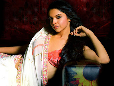 Deepika Padukone Hot Wallpapers In Saree