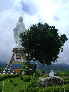 patung maria sikka