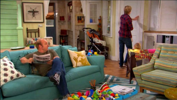 Good Luck Charlie Living Room