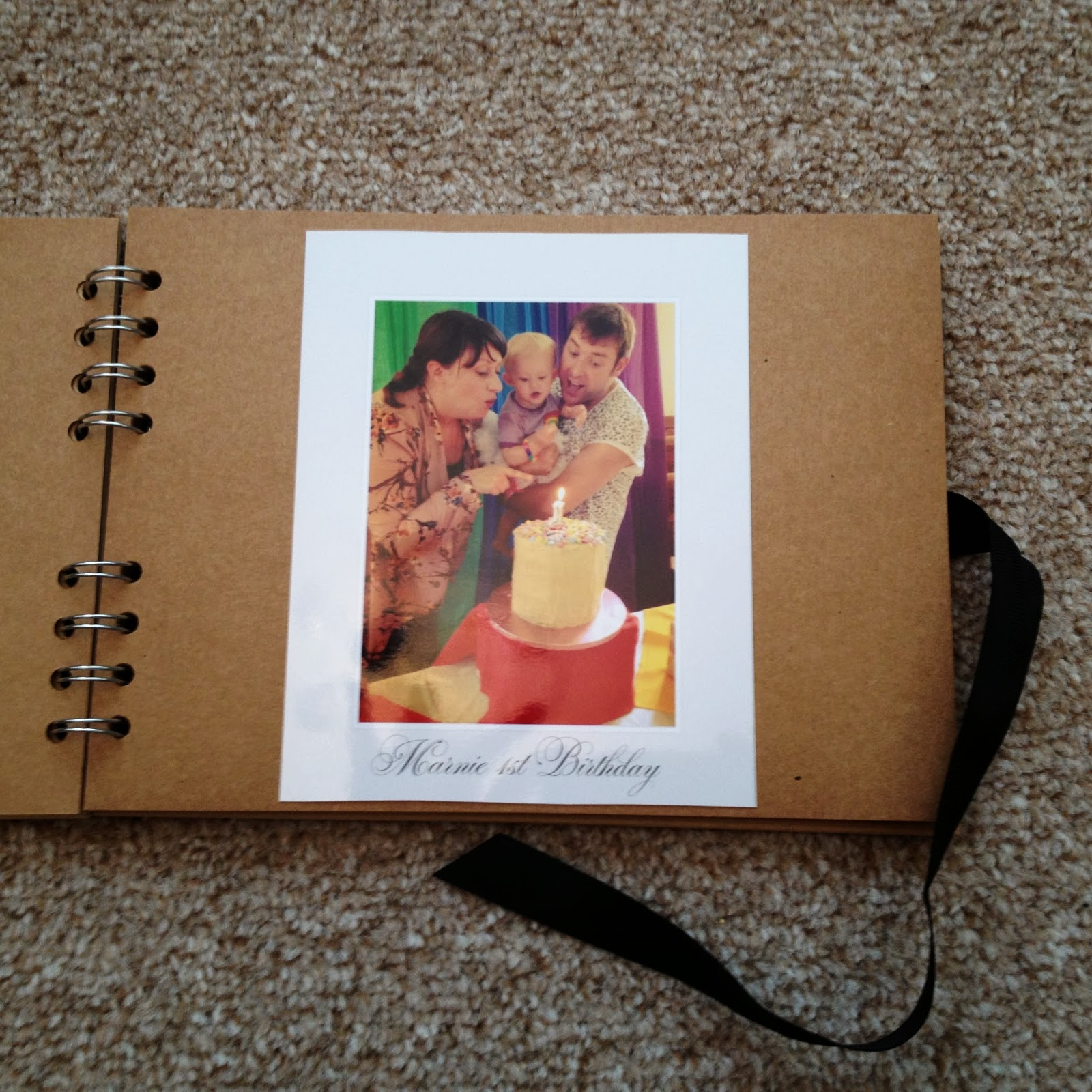 Easy baby scrapbook ideas - Mamasvib V I Busy Bees A Scrapbook Photograph Idea For Time Pressed Mamas That