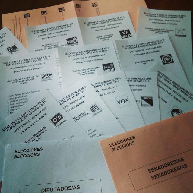 Papeletas para las elecciones del 20 de diciembre en España
