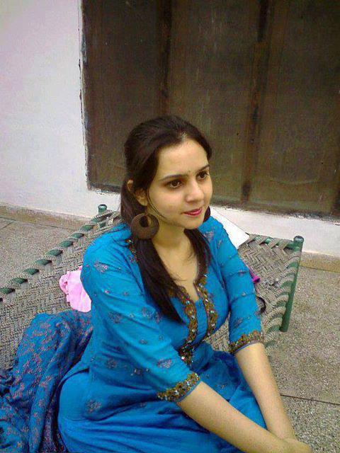 lucknow hindu singles Singles for love and new friends in lucknow, uttar pradesh, india meet local meles and females, girls and boys, video chat, parties and fun.