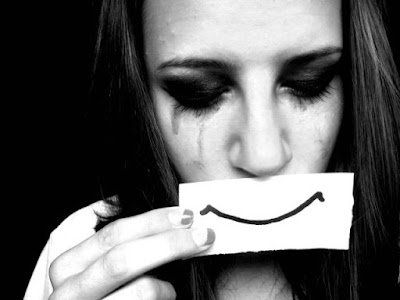 Ảnh đẹp tình yêu buồn khóc cô đơn và tâm trạng