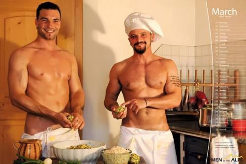 gay a cuneo uomini gay nudi