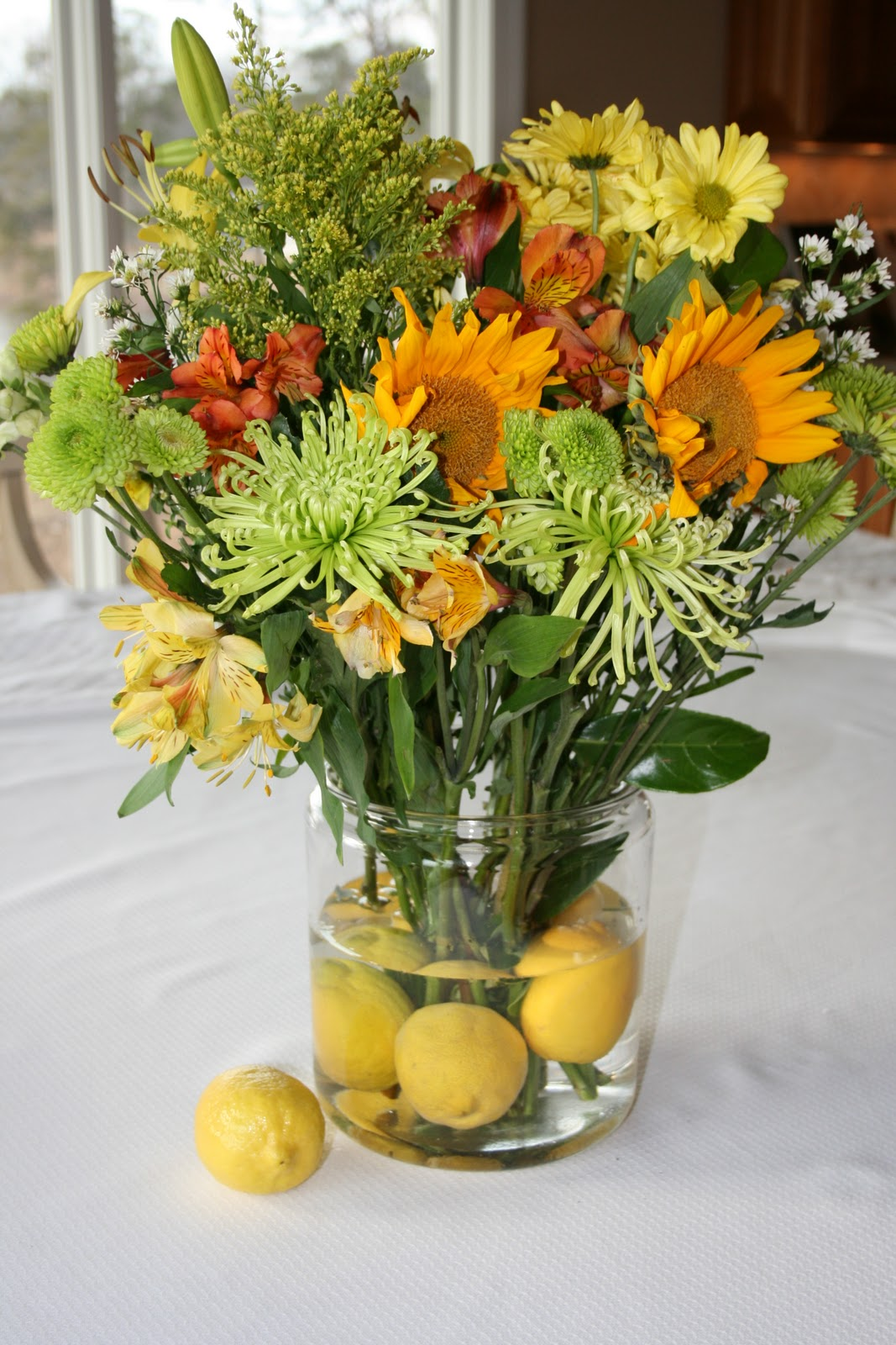 everyday entertaining flower arrangements with fruit