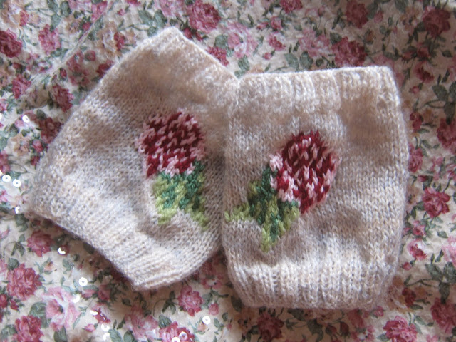 Floral Fingerless Mitts