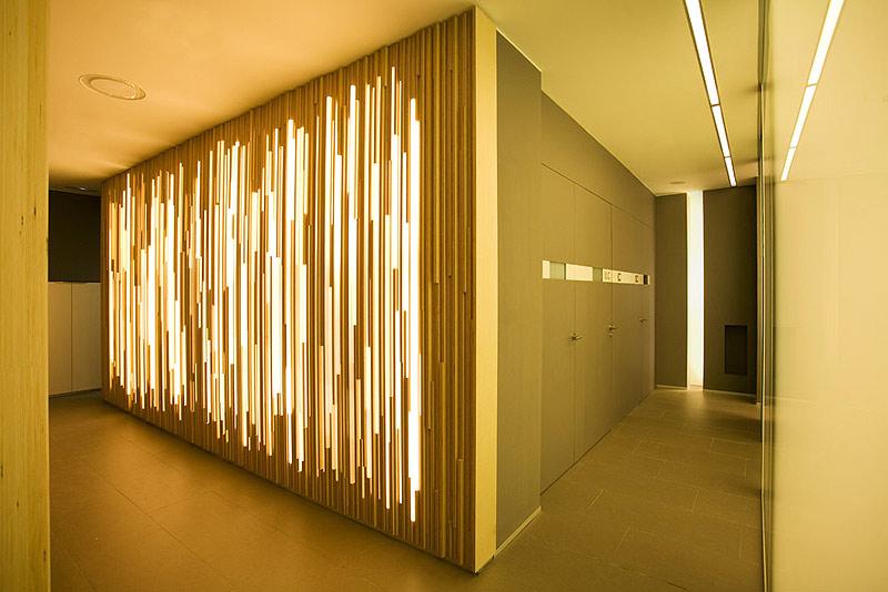 Una cl nica dental diferente por estudi d 39 arquitectura for Celosias para interiores