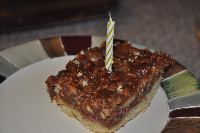 Beth's Favorite Recipes: Monster Pecan Shortbread Bars