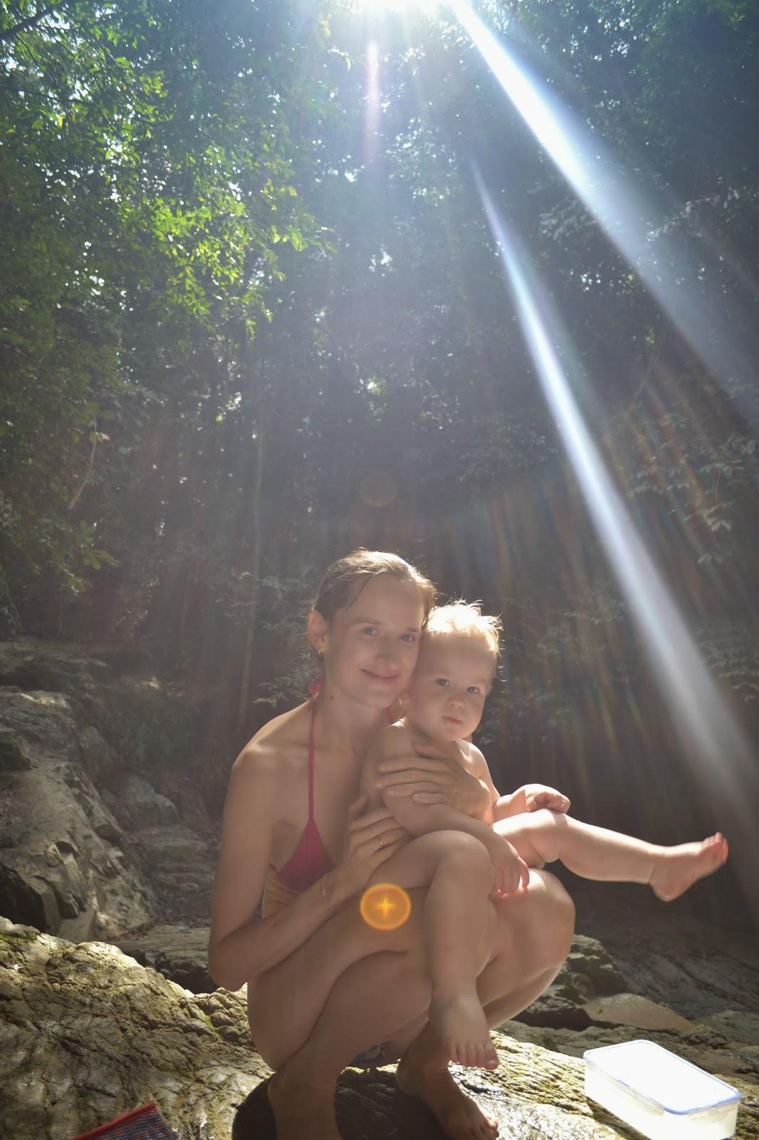 Сын увидел маму и несмог устоять 25 фотография