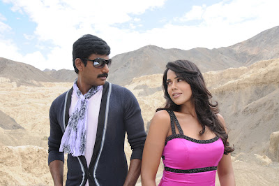 Vishal and Sameera Reddy Hot stills in Vedi Movie