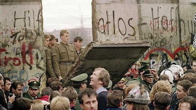 la-proxima-guerra-25-aniversario-caida-del-muro-de-berlin-12