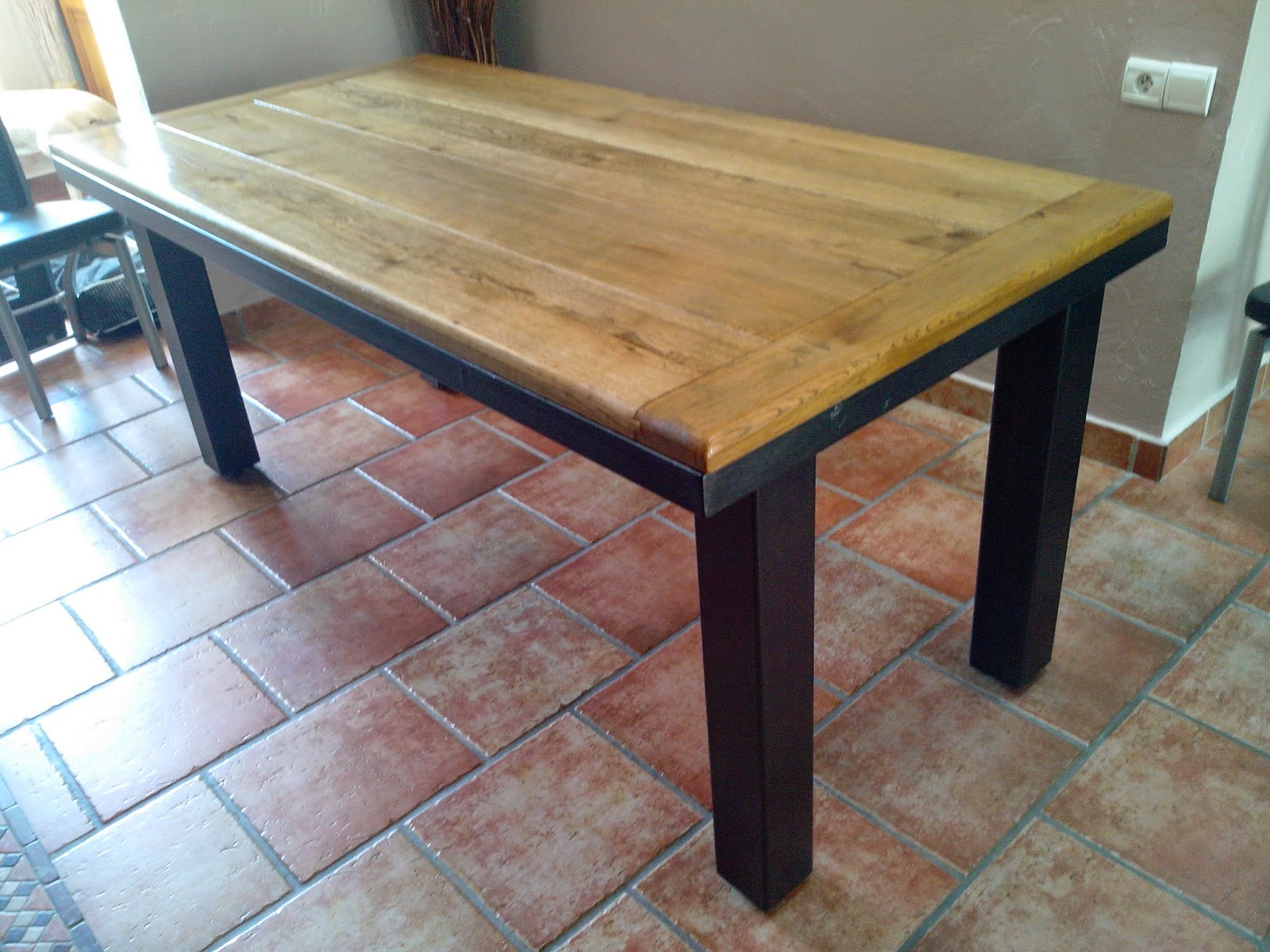 Phil de fer tables industrielle for Table industrielle