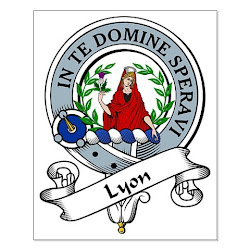 Lyon clan family crest