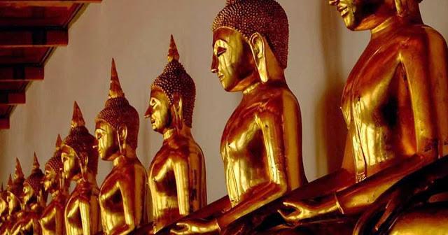 8 raisons de découvrir Bangkok - Statues de Bouddha