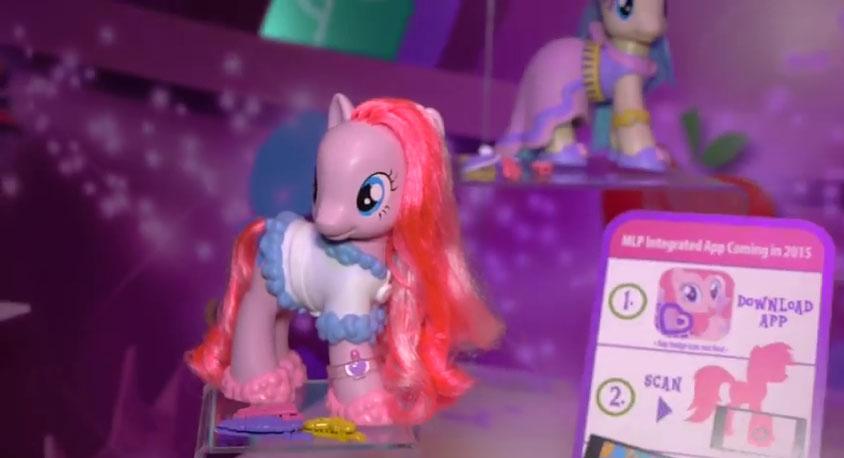 [Imagem: Pinkie-Pie-Fashion-Style.jpg]