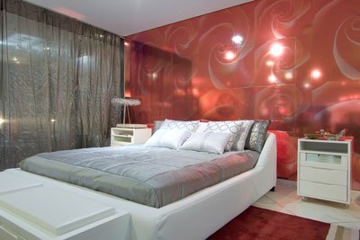 DORMITORIO MATRIMONIAL ROJO BLANCO Y GRIS via www.dormitorios.blogspot.com