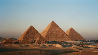 Greate Pyramid of Giza seven wonders of world