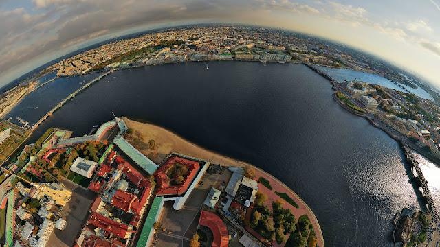 Санкт-Петербург в небе