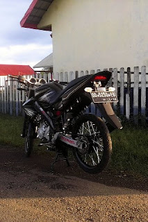Foto Modifikasi Yamaha Vixion Velg Jari Jari