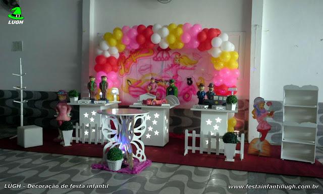 Penélope - mesa decorada provençal com o tema da Penélope Charmosa para festa de aniversário infantil de meninas.