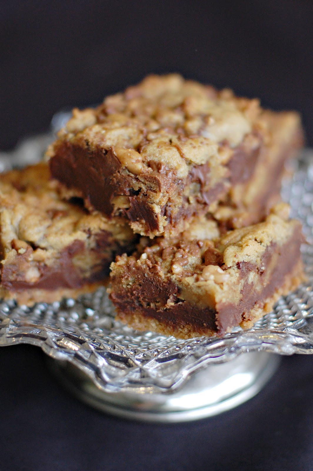 Barefoot and Baking: Fudgy Chocolate Chip-Toffee Bars