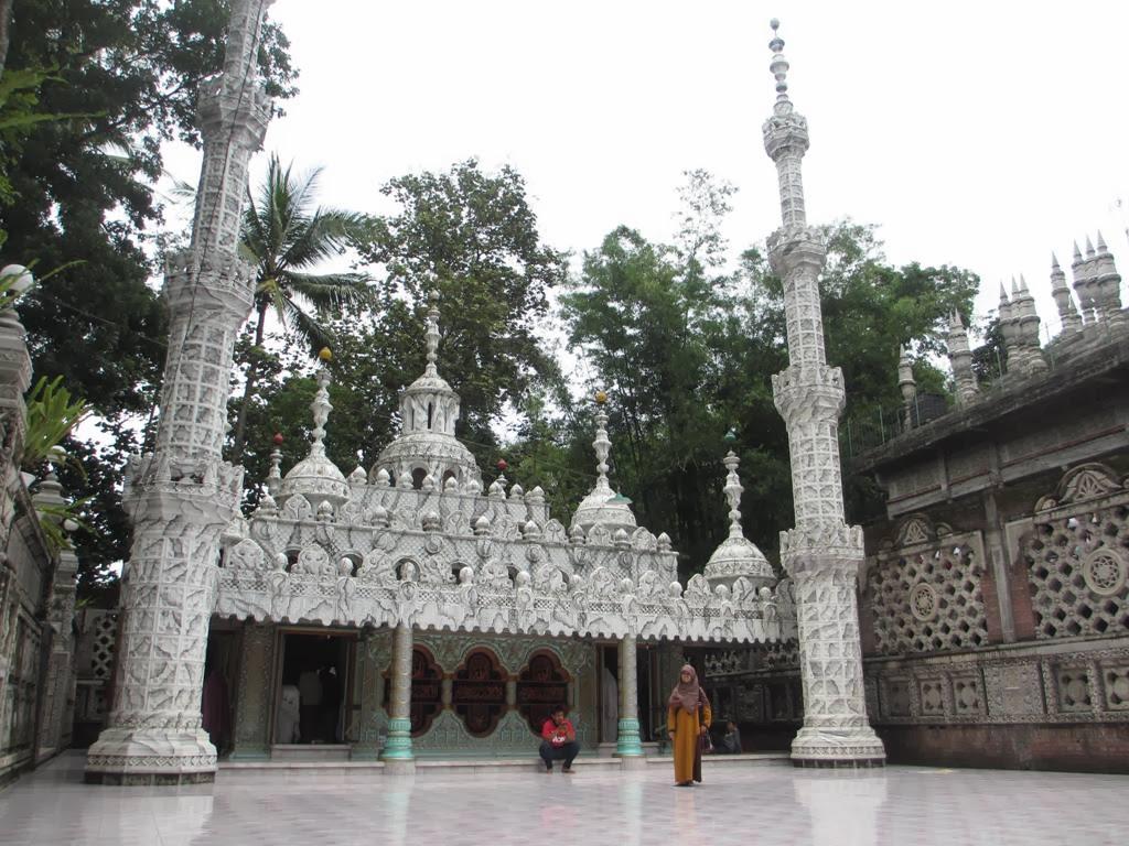 Ponpes Bihaaru Bahri 'Asali Fadlaailir Rahmah: Menelisik Masjid Jin di Turen Kota Malang