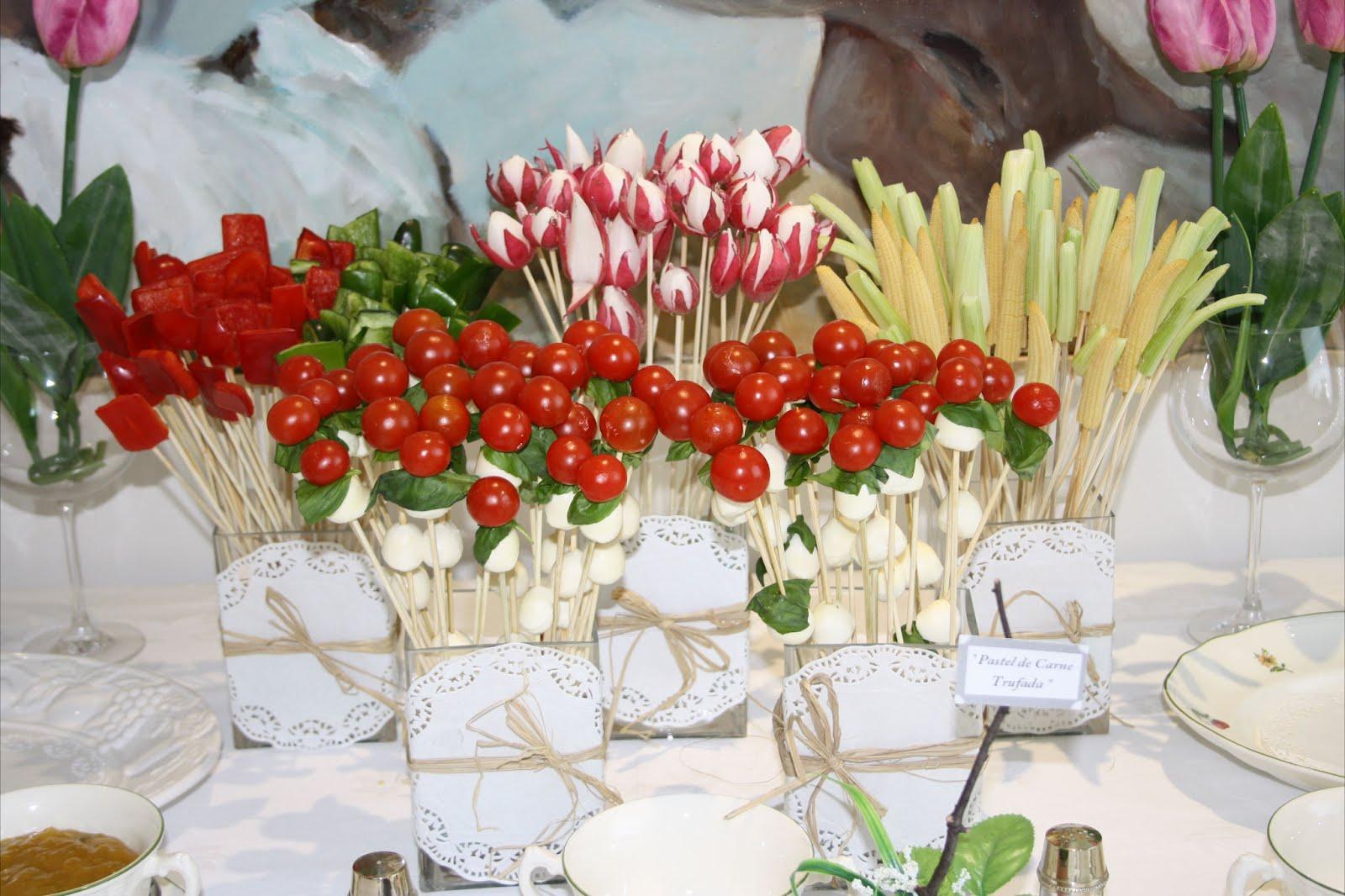 La fiesta de marieta for Casa jardin buffet