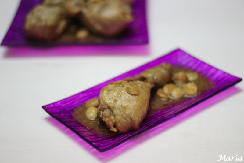 Muslos de pollo con almendras