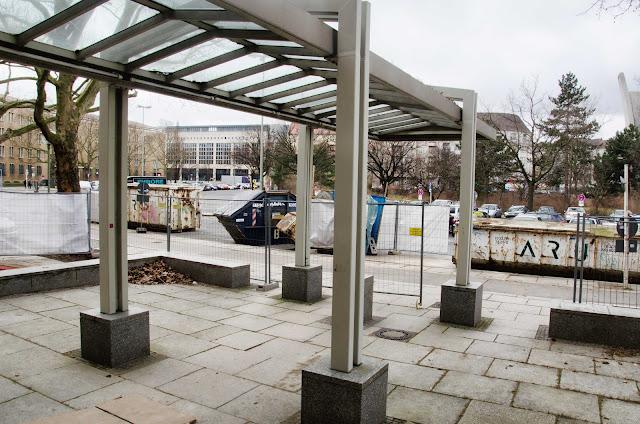 Baustelle, Sanierung, Platz der Luftbrücke 1-3, 12101 Berlin, 11.03.2015