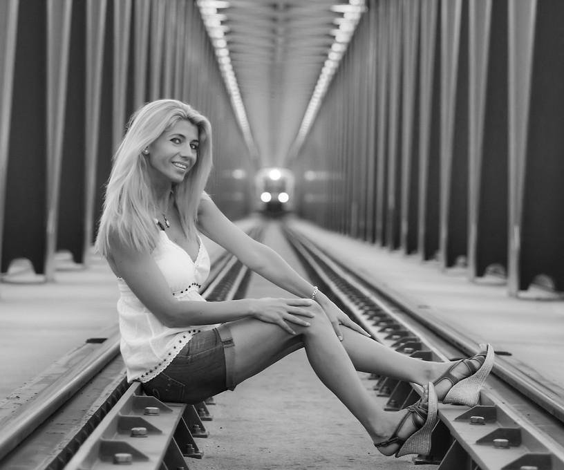 Andras Bacskai - Happy Suicide - Lykkeligt selvmord