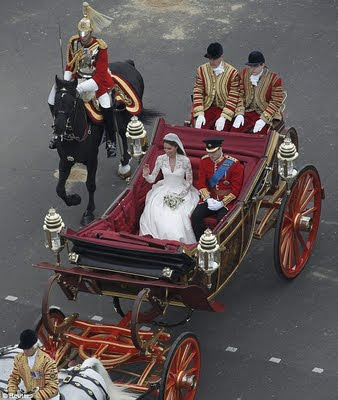 prince william kate middleton wedding dress. prince william kate middleton