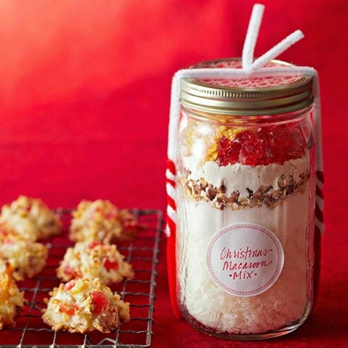 Ten edible homemade christmas gifts cozy little house for Edible christmas gifts to make in advance