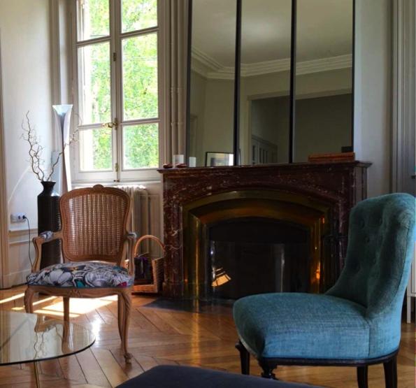 atelier anne lavit artisan tapissier d corateur 69007 lyon. Black Bedroom Furniture Sets. Home Design Ideas