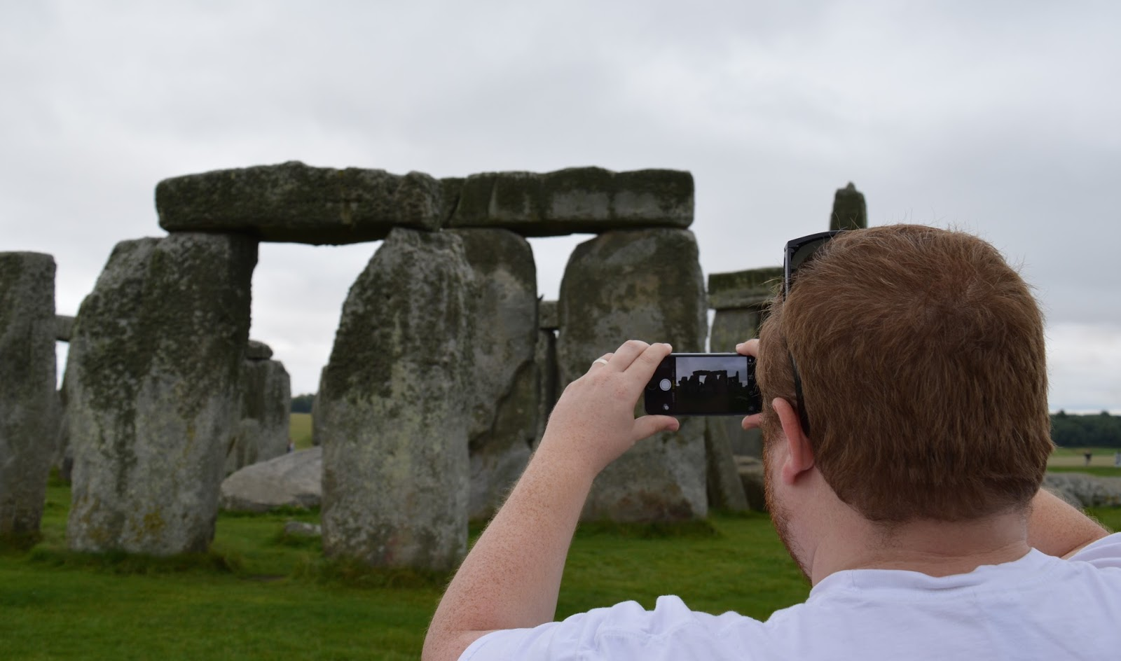 visiting stonehenge with children and making the journey from the