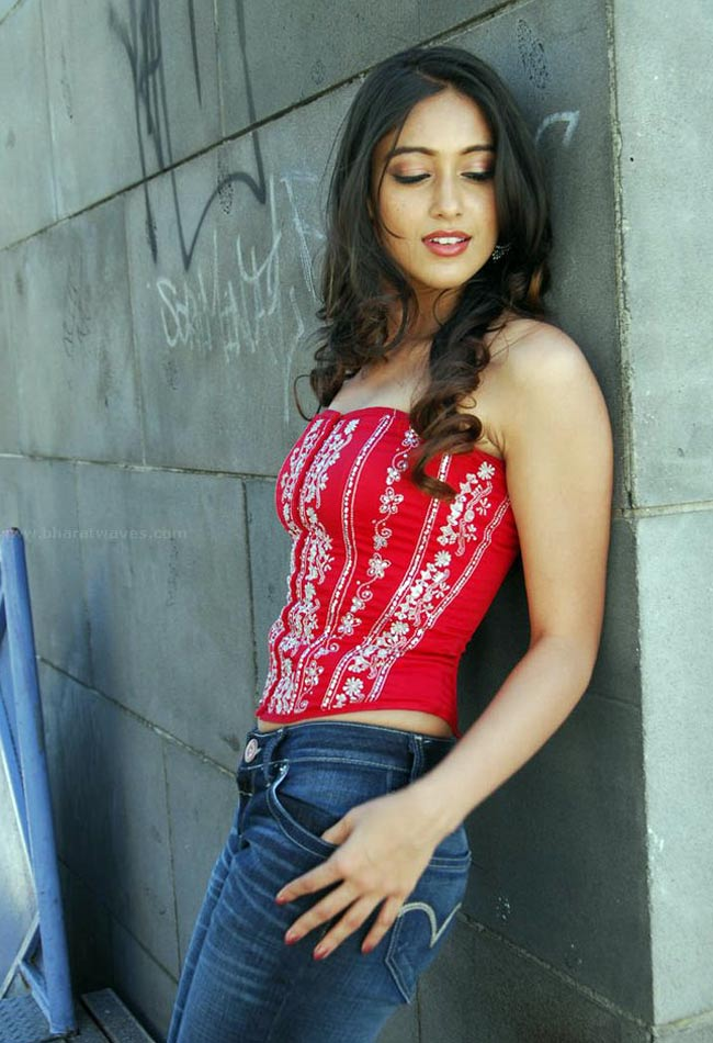 hot sexy gorgeous Ileana in naughty poses photos (hq)