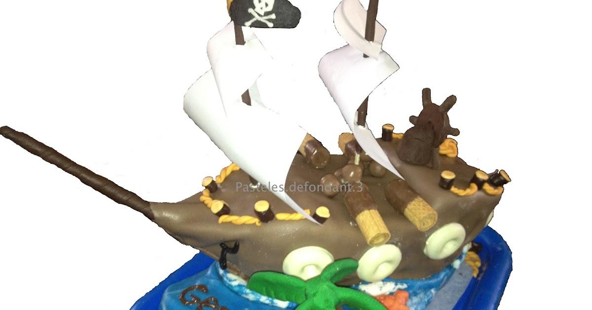 Atado con una cuerda en un barco pirata 5