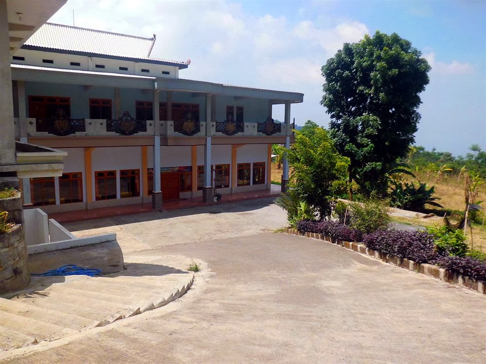 Hotel Nadia Sukapura ~ Paket wisata gunung bromo dan kawah ijen