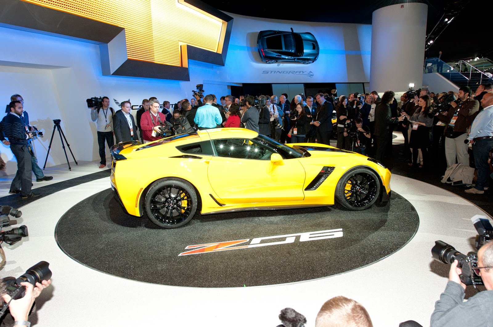 2015 chevrolet corvette z06 Price