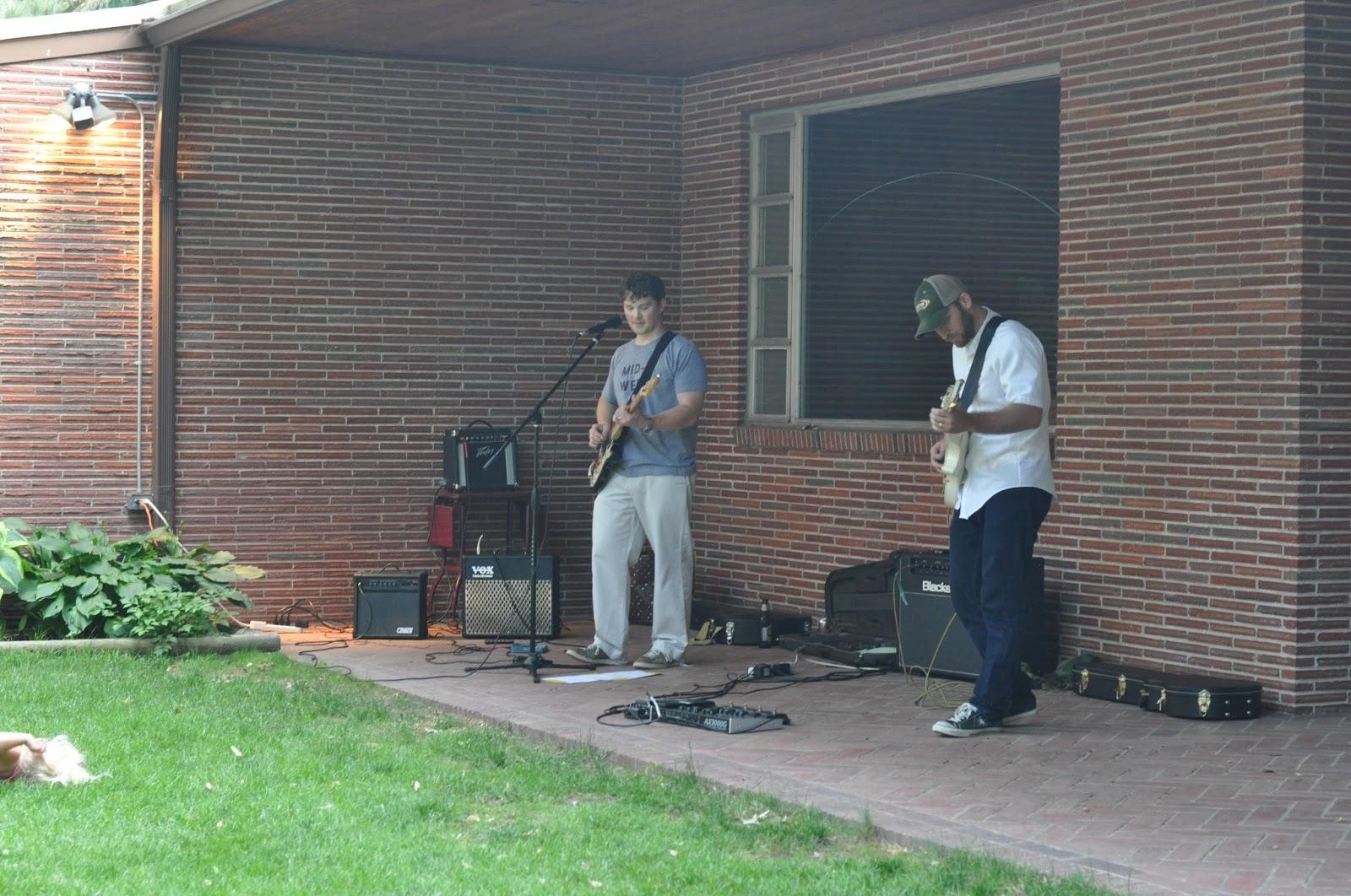 backyard concert