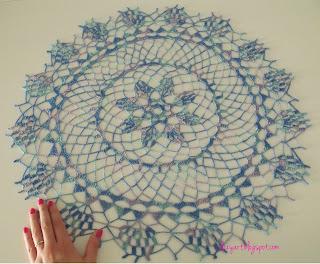 http://elizyart.blogspot.com.es/2013/06/old-lady-crochet.html