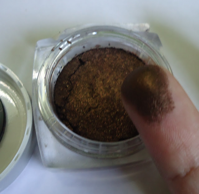 L'oreal Paris Infallible Mono Eyeshadow 12 Endless Chocolate Review, Swatches