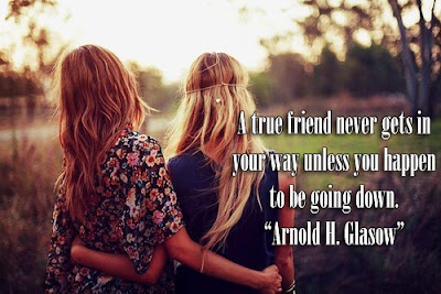 facebook Poste image quotes (A true friend never gets in your way ..)