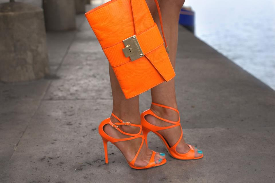 термобелье во сне видеть оранжевые туфли на каблуке зависимости пропорционального