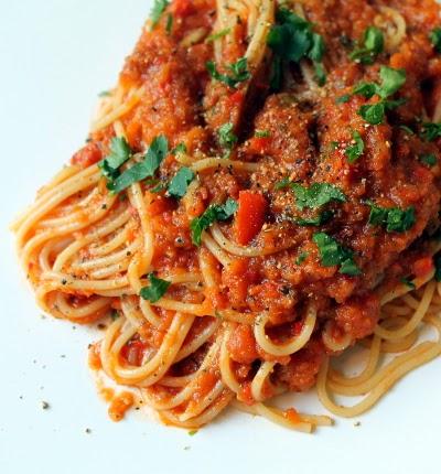 spaghetti with all-the-veg sauce