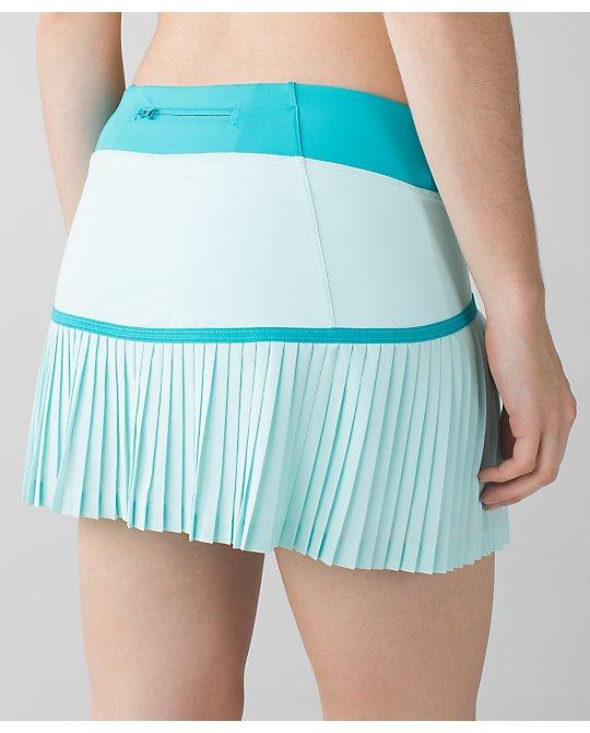 lululemon sweet-pleat-skirt