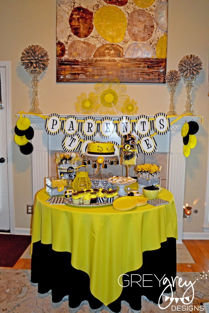 The First Thing I Did Was Email Lindi At Love Day She So Gracious To Modify Her Bee Themed Collection Fit This Theme Adore Printables
