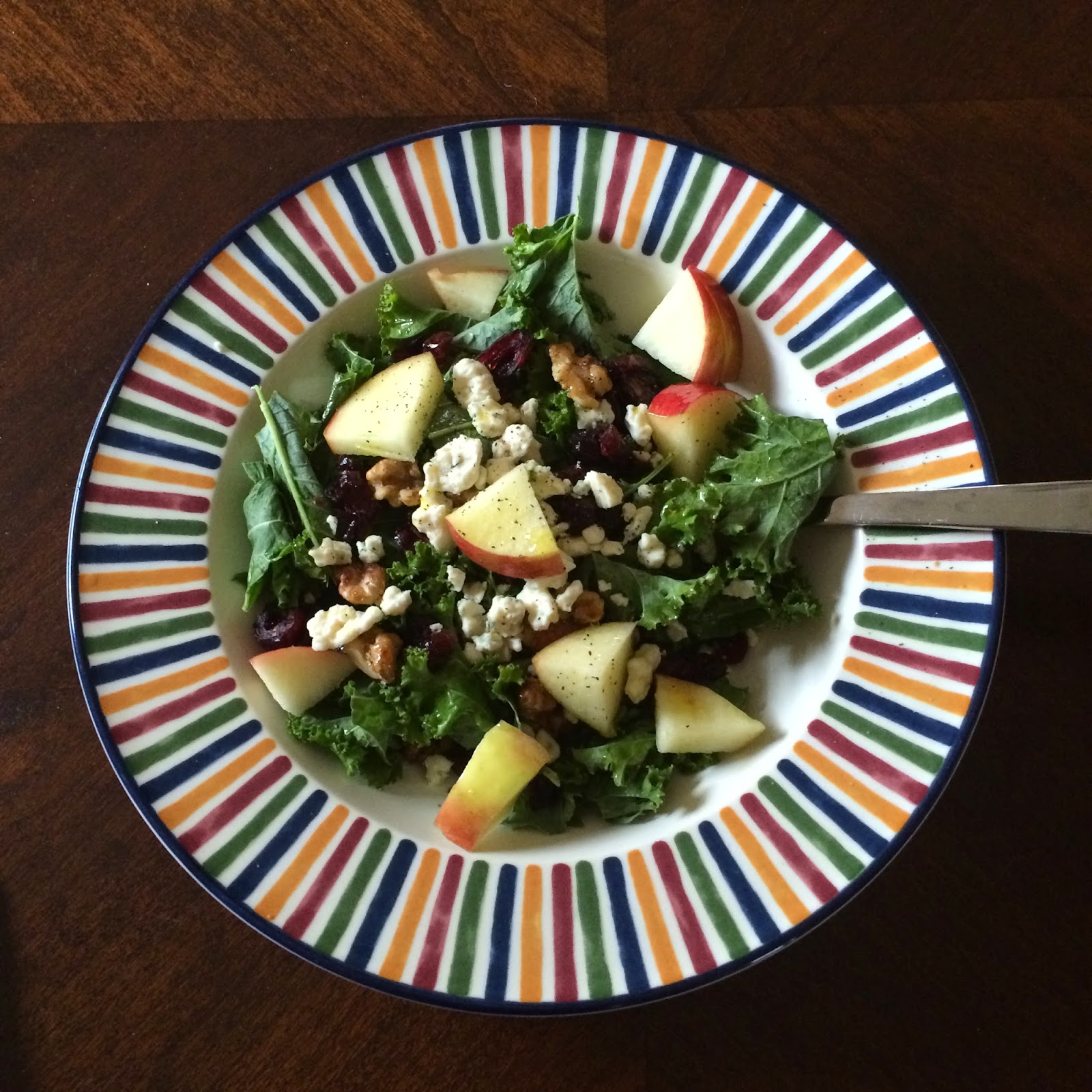 Salad - Walnut - Apple - Kale - Vegetarian