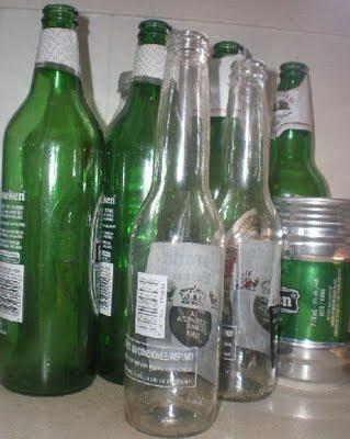 bouteilles vides, bouteilles consignées, boîte de bière, bière, bouteilles vertes, Corona, Stella Artois, Heineken